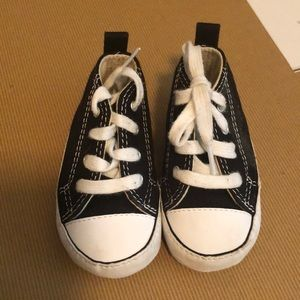 Baby Chuck Taylor All Star Converse size 3